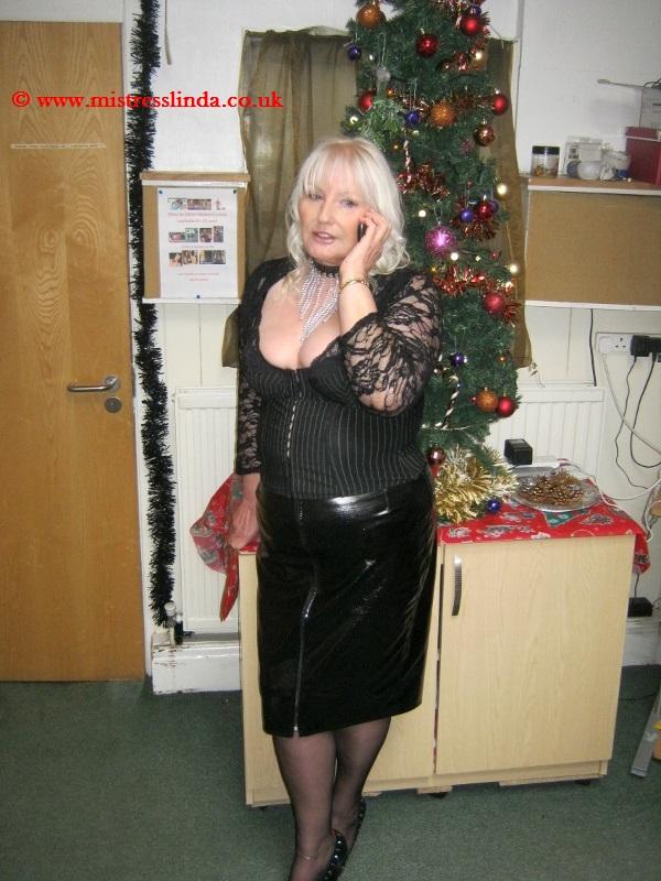 21 spanks for her 21st birthday - 5 2