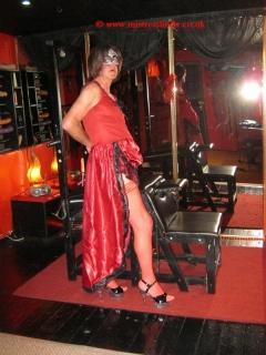 Leeds Mistress Linda ~ BDSM & Discipline in Leeds