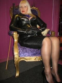 mistress linda of leeds